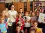 """Uczniowie klas I-III naszej szkoły uczestniczyli w IV edycji akcji """"Najdłuższa Książka Świata"""" - 17.05.2018 r."""